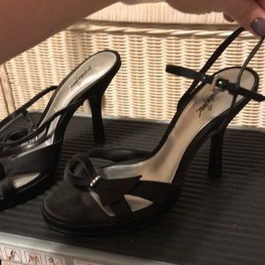Black heels (455)